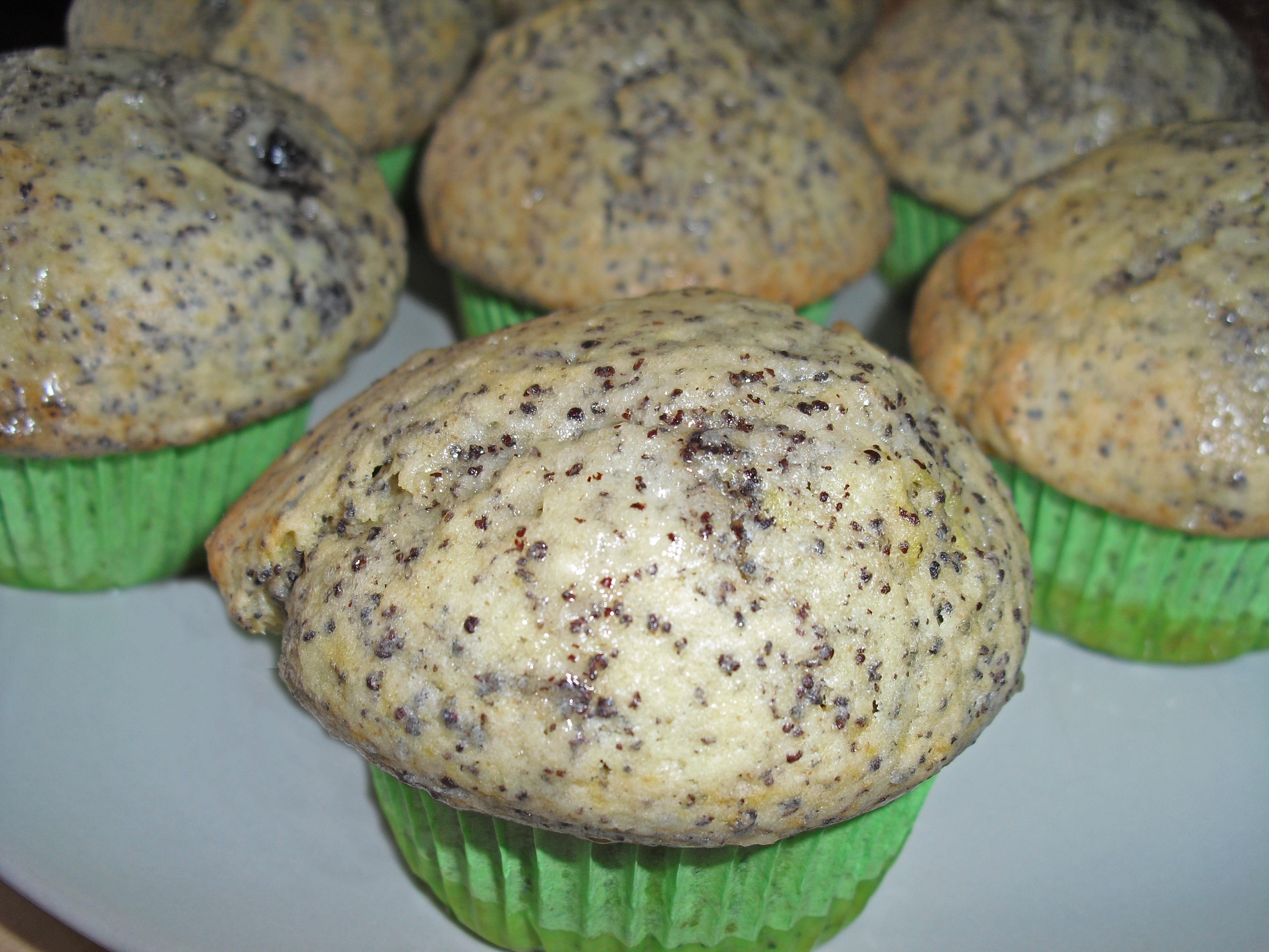 Getränkte Zitronen-Mohn-Muffins
